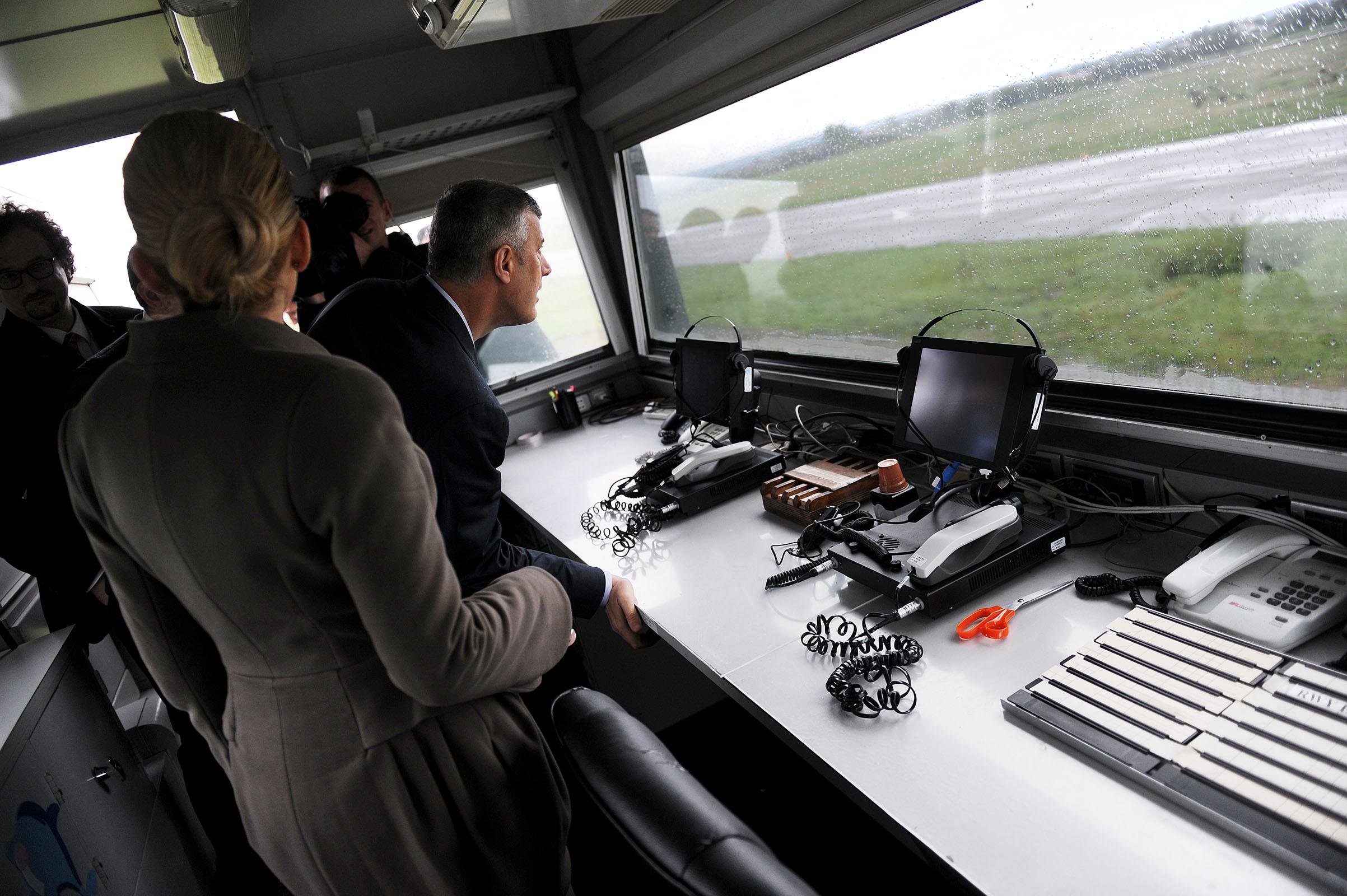 Aeroporti i Gjakovës në fund të këtij viti do të kthehet nën menaxhimin e institucioneve të Kosoves