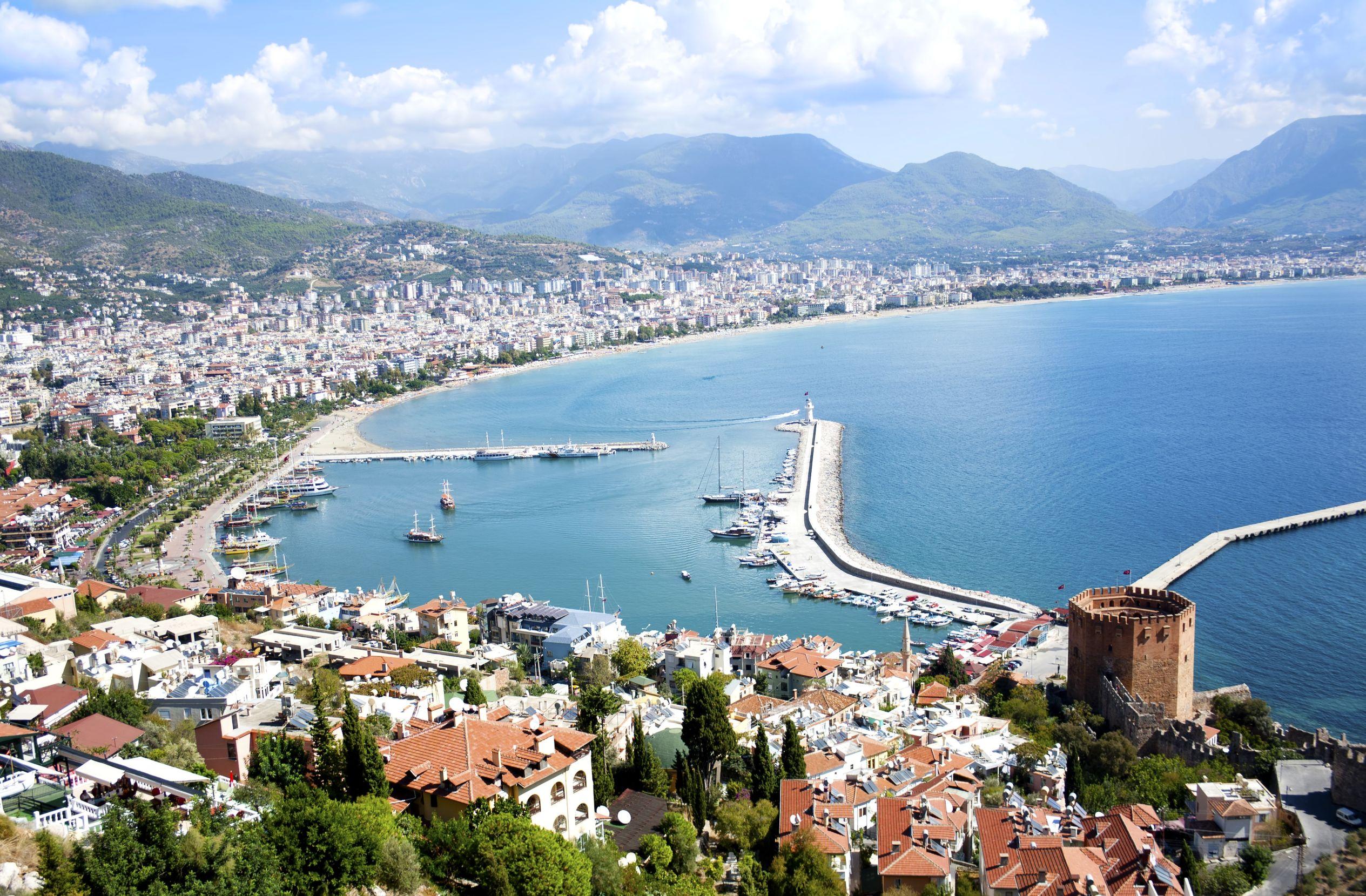 Oferta ne Turqi per Sunshine Hotel 369€ , Hera Park 359€, Katya Hotel  369€