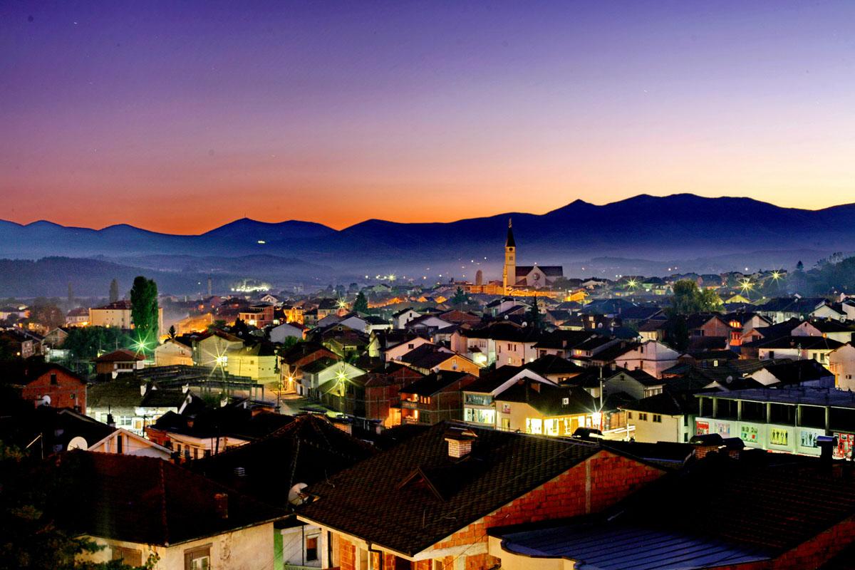 12 mijë turistë të huaj e vizituan Kosovën